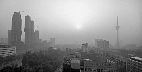 成都重污染天气预案启动 雾霾指数再度 爆表